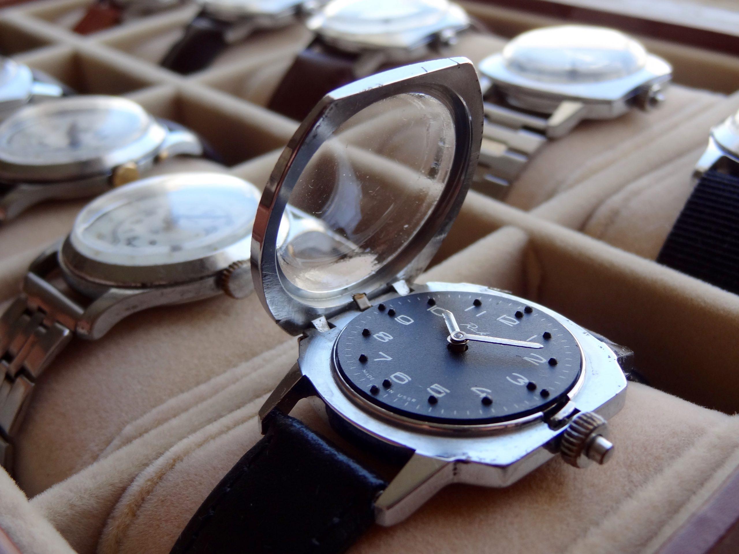 Неизвестные советские часы для слепых