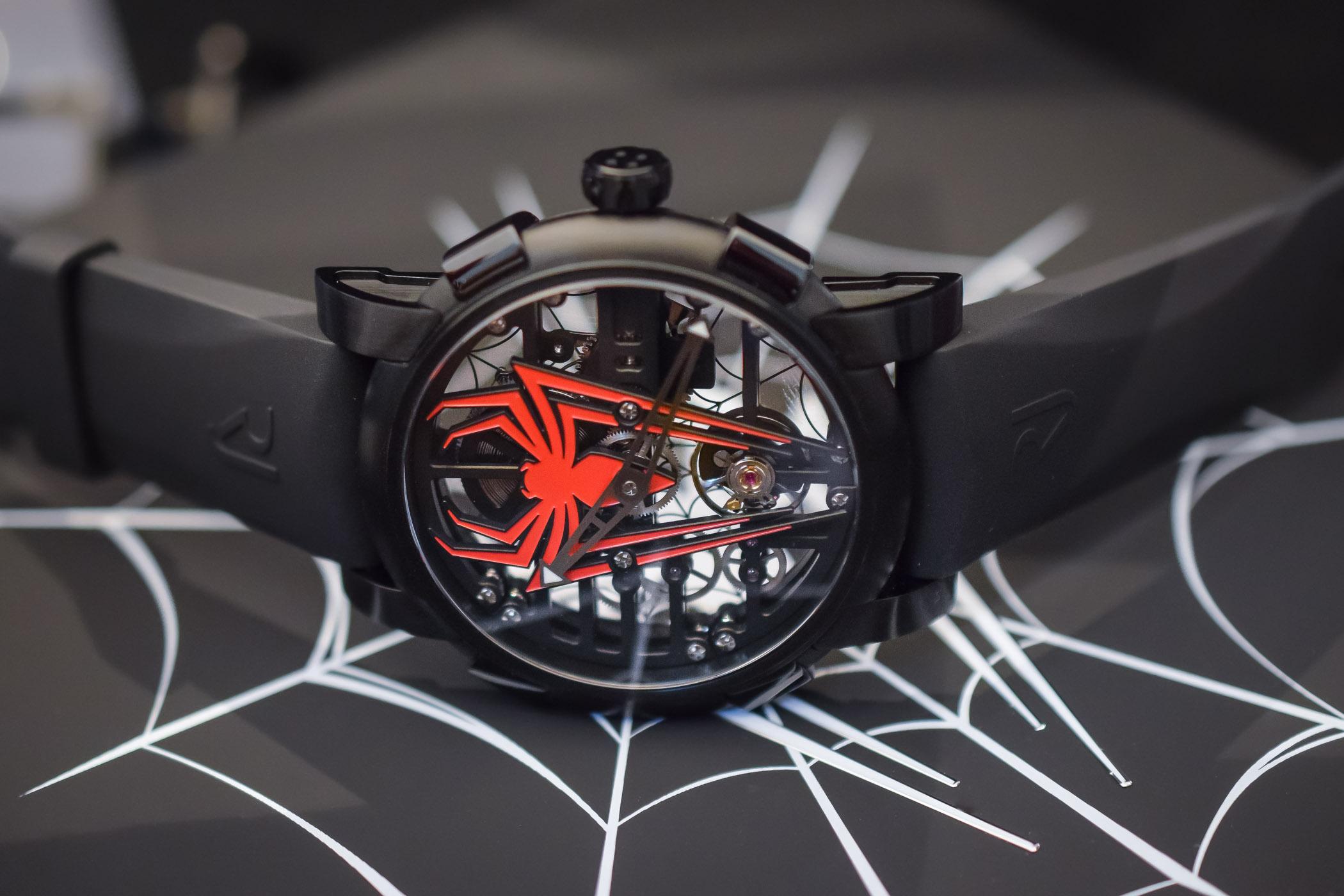 Часы для настоящего «человека-паука»