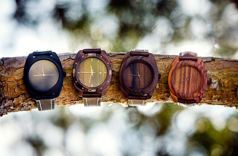Деревянные часы от русских часовщиков покоряют Европу /><span class=