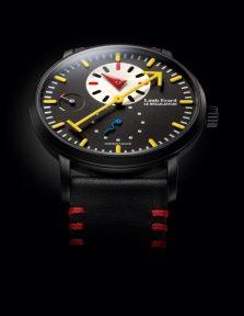 Экстравагантные часы-регулятор посвящены 100-летию стиля «Баухаус»
